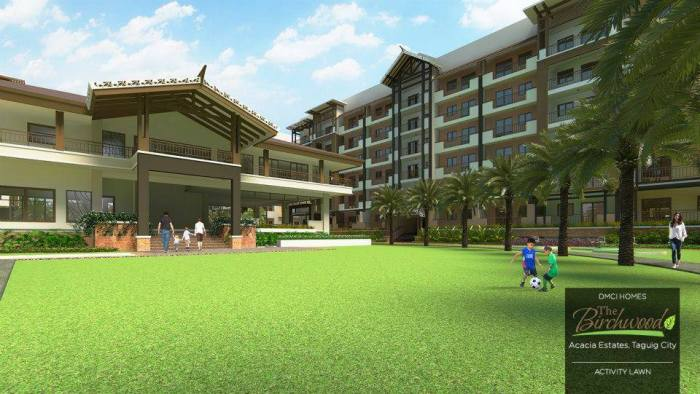 The Birchwood activity lawn in Acacia Estates