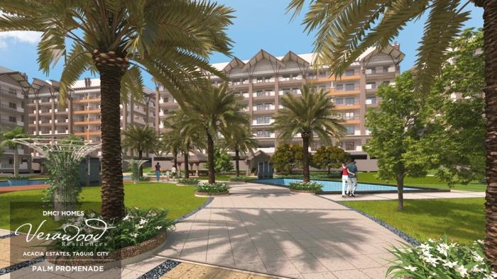 Verawood Palm promenade